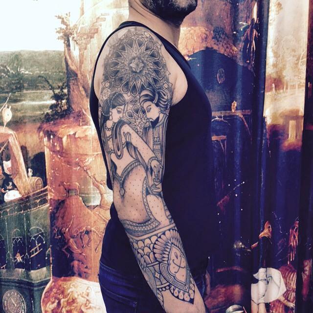 Merci David Alexandre ! Manche inspiration perse . #cover #carolinekarenine #tattoo #tribalact