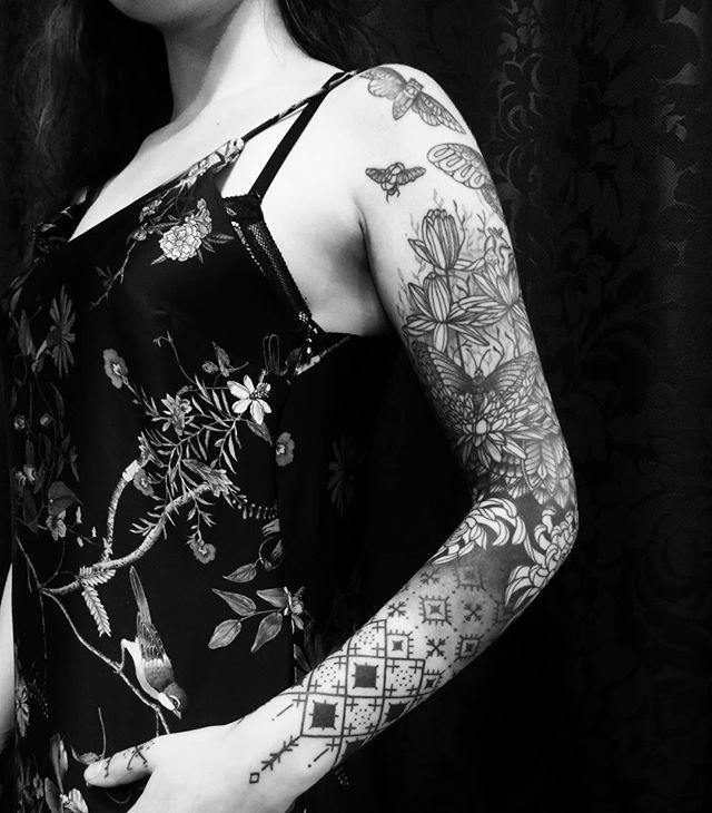 Merci Maïssa !  #carolinekarenine #tattoo #doloresparis #paris