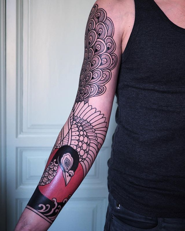 Sleeve in progress .  Merci Mickael !