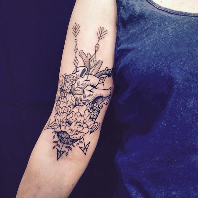 Merci Mélanie ! #carolinekarenine #tattoo #convention #suisse #dropinshop