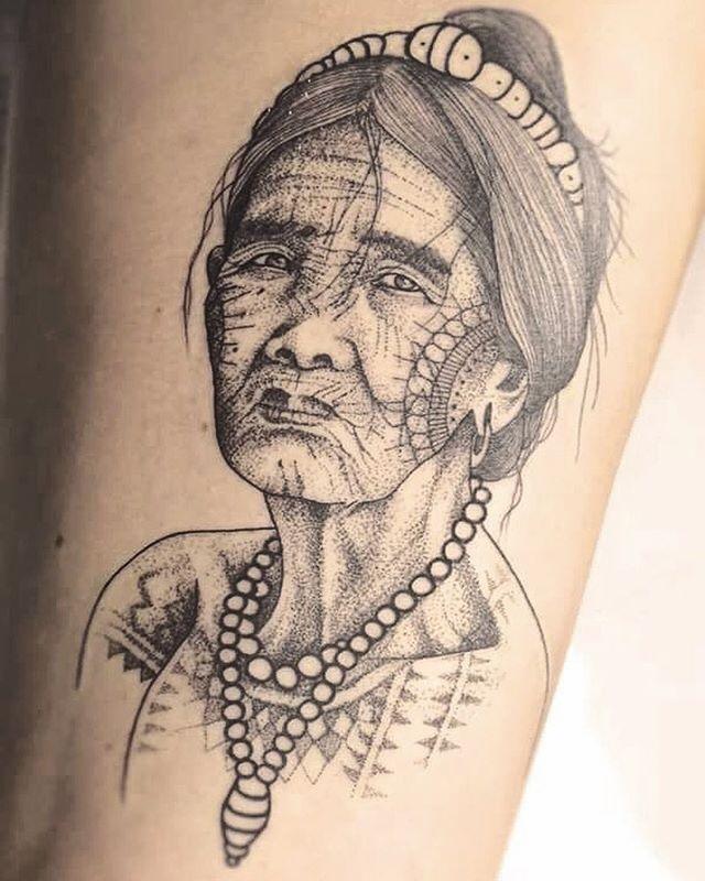 Merci Marie  Apo Whang-od ,  Mère du tattoo kalinga .  Shop @doloresparisx  Pix @olivierchamor  #carolinekarenine #tattoo #doloresparis #portrait #paris