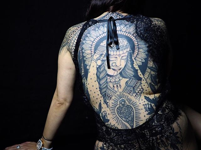 Merci christela !  Back in progress  #carolinekarenine #tattoo #backtattoo