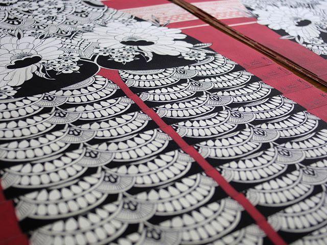 Nouvelle collaboration avec @lignenoireditions !  Impression muséum haute qualité 50x70 cm .  Papier beau art 320 g .  Edition limitée 20 exemplaire , numéroté et signée !  En vente sur  www.ln-editions.com . 📸 @segolene_accaries .