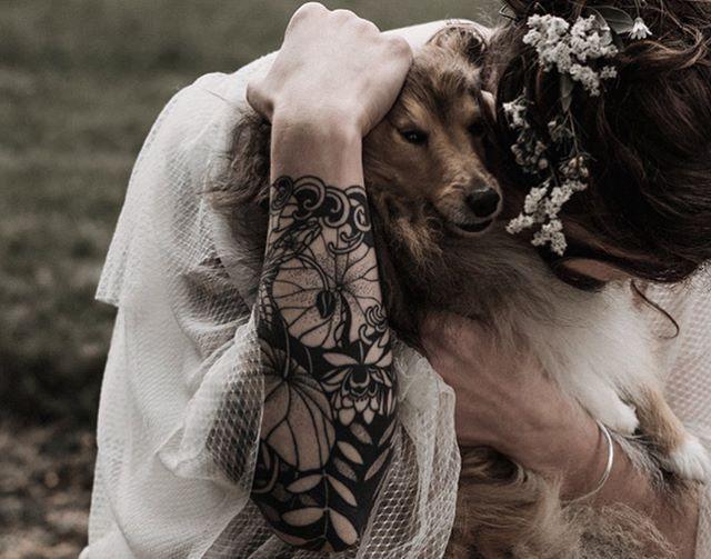 Thx for these pics @alejandraloaizaphoto !  Congratulation Camille and Erwan . Healed Tattoo .